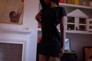 Anne-pierre live escort