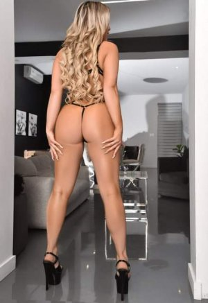 Dalal independent escort in New Iberia